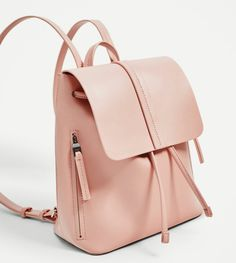 Style Rucksacks : For your own personal daily commute, high school, or starting a longer process, look for the pack to fit your needs. Cute Mini Backpacks, Stylish Backpacks, Girl Backpacks, School Backpacks, Backpack Bags, Leather Backpack, Ladies Backpack, Fashion Bags, Fashion Backpack