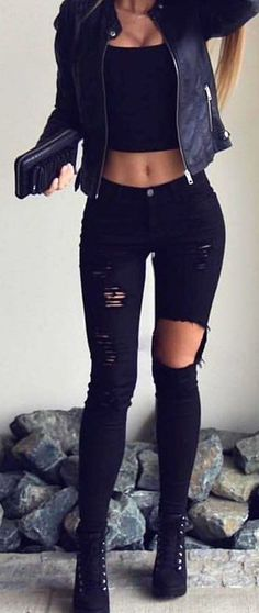 18 Cheap Crop Tops That You Have to Buy this Fall - Sommer Outfits - Modetrends Cheap Crop Tops, Teen Crop Tops, Summer Crop Tops, Black Crop Tops, Fall Tops, Womens Crop Tops, Black Crop Top Outfit, Crop Top Outfits, Mode Outfits