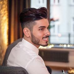 Haircut Wavy Cut And Color 64 Ideas Trendy Mens Hairstyles, Haircuts For Wavy Hair, Trendy Haircuts, Boy Hairstyles, Haircuts For Men, Men's Haircuts, Beard Styles For Men, Hair And Beard Styles, Long Hair Styles