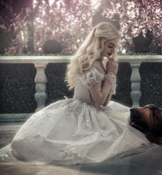 Find images and videos about dog, wonderland and alice in wonderland on We Heart It - the app to get lost in what you love. Alice In Wonderland Aesthetic, Adventures In Wonderland, Queen Aesthetic, Princess Aesthetic, Estilo Tim Burton, Queen Alice, Lewis Carroll, Anne Hathaway, Live Action