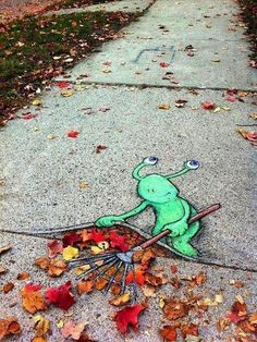 Chalk_and_Charcoal_Art_by_David_Zinn_in_the_Streets_of _Ann_Arbor_Michigan_2014_09