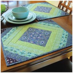 Quilted Placemat Patterns, Quilt Block Patterns, Placemat Ideas, Patchwork Patterns, Quilting Projects, Quilting Designs, Sewing Projects, Small Quilt Projects, Quilting Ideas