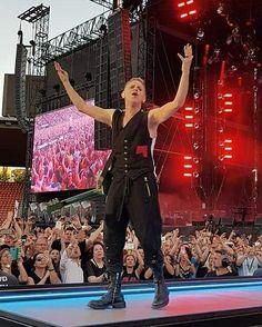 Martin Gore of Depeche Mode - Global Spirit Tour, 2017