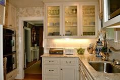 Very Small Kitchen Ideas: Pictures & Tips | small kitchen ideas remodel, small kitchen ideas apartment, small kitchen ideas on a budget, small kitchen ideas cheap
