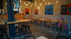 Frenk @ Karaköy; cozy environment accompanied by good food.