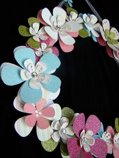 gorgeous wreath i wanna make this for arealyas room its so cute