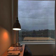 Сохранённые фотографии – 2 099 фотографий Wood Nymphs, Wall Lights, Ceiling Lights, Window View, Daydream, Table Lamp, Room Decor, Lighting, Vintage