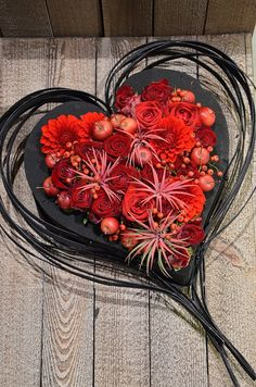 Floral Foam, Arte Floral, Pink Martini, Sympathy Flowers, Ikebana, Event Decor, Wedding Designs, Flower Art, Floral Arrangements