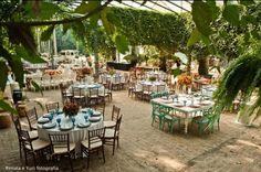 http://www.vestidadenoiva.com/casamento-paula-gil  Casamento perfeito. :)