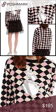 ESSENTIEL ANTWERP  Down The Rabbit Hole Sweater Disney couture... diamond background, heavier weight sweatshirt with a focus on falling foil print Alice. So unique!  price firm.   Diamond background print Holographic Alice print in front Round neckline Long sleeves Side seam insert Contrasting ribs Regular fit Size 2 = Medium  #essentiellovesdisney Essentiel Antwerp Sweaters Crew & Scoop Necks