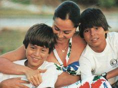 Con sus hijos Enrique y Julio José Iglesias en Miami