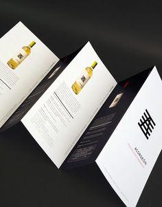 Design Brochure, Brochure Layout, Graphic Design Layouts, Pamphlet Design, Leaflet Design, Wine Bottle Design, Wine Design, Design Design, Packaging Design