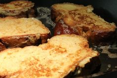 French toast - édes bundás kenyér French Toast, Bacon, Brunch, Favorite Recipes, Bread, Meals, Breakfast, Cukor, Food