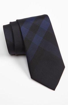 #Burberry #London Woven Silk Tie.