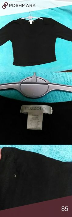 Long sleeve stretchy crop top Has a pin size hole and slight thread pulling on hem. U can not notice it at all unless your looking for it. bozzolo Tops Crop Tops