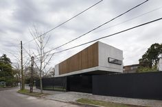 Gallery of Acassuso House / VDV ARQ - 1