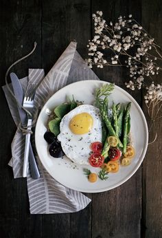 Rustic Breakfast by condospalillos Brunch Bar, Special Recipes, Eat Right, C'est Bon, Saveur, Food Styling, Breakfast Recipes, Healthy Lifestyle, Food Photography