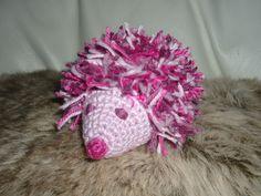 Nelson le nérisson : amigurumi hérisson crocheté en coton rose