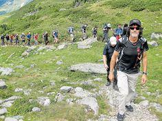 Hans Kammerlander führt Urlauber durch das Tauferer Ahrntal - Wanderreisen- a tour with him please!!!