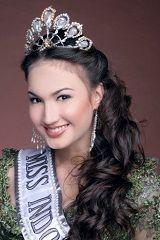 Puteri Indonesia 2005 - Nadine Chandrawinata