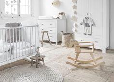 Stijlvolle Speeltafel Kinderkamer : 79 beste afbeeldingen van kinderkamer geometric drawing babies