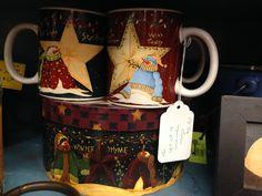 Set of 4 snowman mugs in gift box.