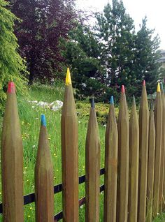 Coloured pencil fence - for the kid's corner in the garden