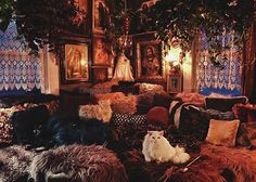 A wild Friday night with the Greys. Witch Cottage, Witch House, Witch Room, Chill, Gothic House, New Energy, Dream Rooms, My New Room, My Dream Home