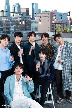 This is a Community where everyone can express their love for the Kpop group BTS Bts 2018, Suga Rap, Bts Bangtan Boy, Jhope, Bts Taehyung, Billboard Music Awards, Foto Bts, Jung Hoseok, K Pop