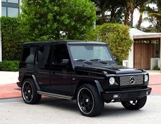 If only I had enough money to buy a g wagon!! A girl can dream right