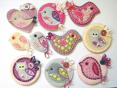Do you know how much time it takes to cut out such small pieces of felt? Regardless these are CUTE.