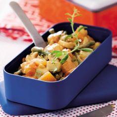 Strogonoff de Legumes  http://comidasebebidas.uol.com.br/noticias/redacao/2014/09/25/saudavel-e-economica-marmita-volta-a-cena-mais-chique-do-que-nunca.htm#fotoNav=6