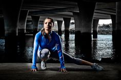 Fitness model shot on location in San Diego, CA utilizing ambient light combined with multiple strobes. Fitness Photography, Sport Photography, Bodybuilding Photography, Photography Ideas, Gym Photos, Bra Video, Environmental Portraits, Sports Party, Healthy Meals For Two