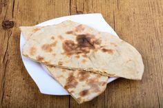 Koolhydraatarm naanbrood is lekker om te eten als bijgerecht, maar kun je ook erg goed nemen als gezond tussendoortje. Bekijk het recept!