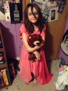 Creepypasta sally cosplay<<why is she not my child