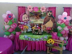 Pig Birthday Cakes, Teddy Bear Birthday, 1st Birthday Girls, 2nd Birthday Parties, Incredibles Birthday Party, Marsha And The Bear, Bear Party, Holiday Themes, First Birthdays