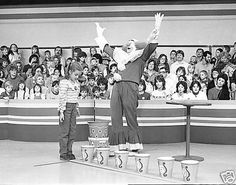 The highlight of Bozo's Circus was the Grand Prize Game. We all wished for a shot at those buckets!