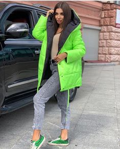 Modern interior House Design Trend for 2020 Jackets For Women, Clothes For Women, Stylish Outfits, Stylish Clothes, Jacket Style, Canada Goose Jackets, Autumn Fashion, Winter Jackets, Womens Fashion