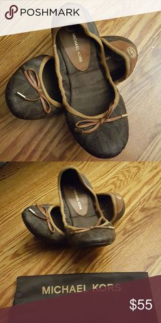 MICHAEL KORS City Ballet Flata MK Ballet Flats. Lightly used. Comes with a bag to pack and go! Super comfy. Add it to your closet, now?? Michael Kors Shoes Flats & Loafers