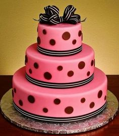 Cheerful And Playful Polka Dot Wedding Cakes
