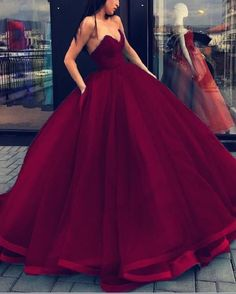 Prom Dress For Teens, Ball Gown Sleeveless Sweetheart Organza Floor-Length Dresses cheap prom dresses, beautiful dresses for prom. Best prom gowns online to make you the spotlight for special occasions. Strapless Prom Dresses, V Neck Prom Dresses, Ball Gowns Prom, 15 Dresses, Formal Dresses, Party Dresses, Bridesmaid Dresses, Homecoming Dresses, Chiffon Dresses