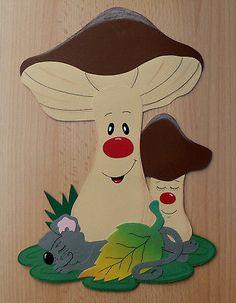 "Window picture from Tonkarton ""Ruhepause"". Foam Crafts, Preschool Crafts, Diy And Crafts, Paper Crafts, Hand Crafts For Kids, Diy For Kids, Autumn Crafts, Autumn Art, Mushroom Crafts"