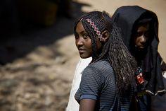 https://flic.kr/p/4jRmpv | Afars girls in Bati, Danakil, Ethiopia | Ethiopia  © Eric Lafforgue  www.ericlafforgue.com