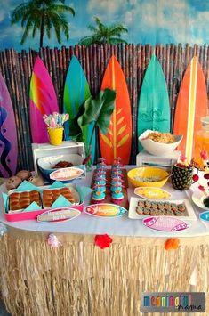 Decora tu fiesta hawaiana con este genial|original tip. #party #hawaiana #luau