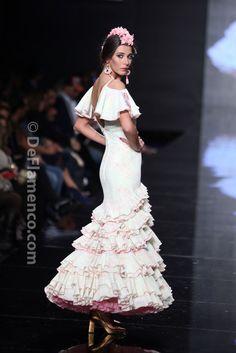 Fotografías Moda Flamenca - Simof 2014 - Lina 'La gata rosa' - Simof 2014 - Foto 11