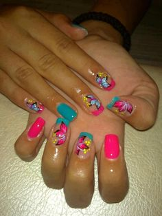 NAIL ART / NAIL DESIGNS /  ACRYLIC NAILS