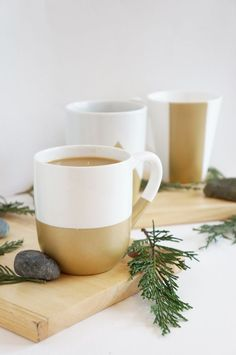 Super easy upgrade for plain white mugs!  great idea for #Super Bowl 50 party use team colors DIY+Gold+Geometric+Spray+Painted+Mugs