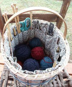 Úložný košík na vše, co budete potřebovat k pletení nebo háčkování