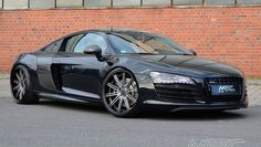 MEC Design presented a tuning program for the Audi R8 with some choices of wheel style and bespoke interior design