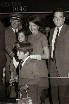 1051-Jackie Kennedy and children Caroline  and John Jr.